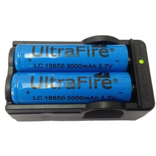 1pz caricabatteria + 2pz BATTERIE ricaricabili 3.7V 18650 3000Mah PILE TORCIA