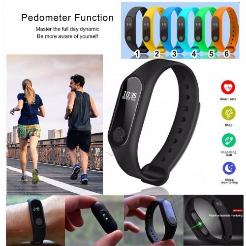 Fitness Tracker smart watch Pedometro Misurazione Calorie Monitoraggio del Sonno